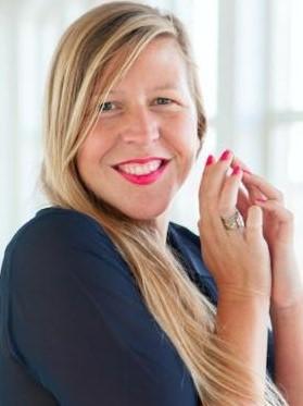 Anne-van-der-Zwaag-Linkedin3780